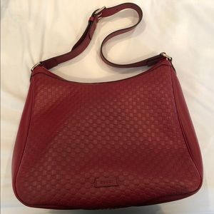Gucci hobo bag in red.
